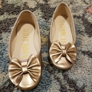 Sam & Libby Golden Bow Dress Shoes